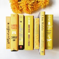 yellow books, aesthetic, decor, check out Yellow Peaceshine on We Heart it for more yellow images. Rainbow Aesthetic, Aesthetic Colors, Book Aesthetic, Aesthetic Pictures, Aesthetic Yellow, Aesthetic Grunge, Aesthetic Vintage, Yellow Theme, Shades Of Yellow