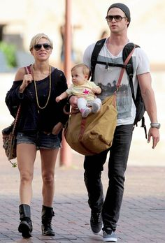 chris-hemsworth com a filha india <3 <3