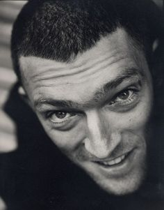 Vincent Cassel - so hot he's got his own board!