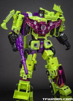 Transformers Combiner Wars SDCC-exclusive Devastator