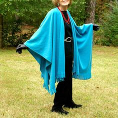 Beautiful aqua or turquoise colored fleece wrap.....a wrap that you will reach for time and time again as it is one of those lovely colors that looks