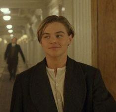 Leonardo Dicapro, Leo And Kate, Jack Dawson, Young Leonardo Dicaprio, Riverdale Funny, Sad Movies, Taylor Lautner, Matt Damon, Titanic