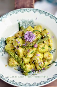Agnese Italian Recipes: Cottage cheese dumplings in creamy green asparagus and zucchini Gnocchi Recipes, Pasta Recipes, Cooking Recipes, Pasta Dishes, Food Dishes, Main Dishes, Risotto, Ravioli, Vegetarian Recipes