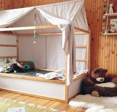 6 Ways to Customize the Ikea Kura Bed Boys room by TUBU Kids The Ikea Kura bed is even more versatile than you might imagine. You can paint it, add a canopy, wallpaper, garland…and also use plywood to build something custom (what do you think about making Kura Cama Ikea, Ikea Kura Hack, Ikea Hacks, Ikea Bunk Bed Hack, Hacks Diy, Baby Hacks, Kid Beds, Bunk Beds, Ikea Beds For Kids