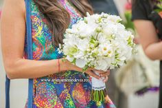 Buchet flori albe. Nasa, Fashion, Moda, Fashion Styles, Fashion Illustrations