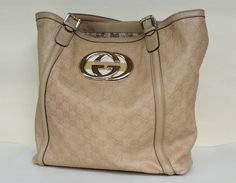 GUCCI GUCCISSIMA Britt Leather AUTHENTIC Hobo Bag Large Tote with Gold Hardware #Gucci #Hobo