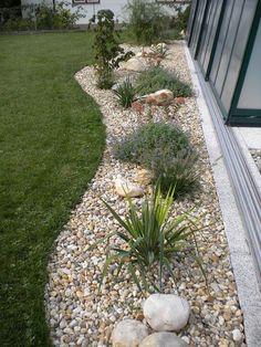 Garten mit gräsern und steinen gestalten  Aus Liebe zum Stein Beeteinfassung | Garten | Pinterest | Gardens ...