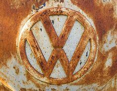 rusty VW symbol - (michelle garrett@flickr)