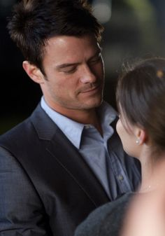 Josh Duhamel if he looks at me this way some day i would never ask for more <3