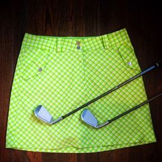 Nike Golf Skort Lime Green 10 Medium Nike brand golf Skort DRI-FIT. It is a size 10 medium and is made with 95% polyester and 5% spandex to give it a stretchy fit. It is a great look on the golf coarse with a lime, yellow or white polo shirt. Great condition with no stains. Nike Shorts Skorts