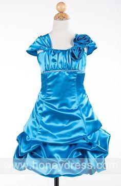 A-line #Bateau  #Taffeta Knee-length #Junior #Bridesmaid #Dresses 07018  $62.40  Find it here.... http://honeydress.com/b/A-line-Bateau-Taffeta-Knee-length-Junior-Bridesmaid-Dresses-07018.html?utm_source=SNS%5FSource_medium=SNS%5FPinterest_term=Pinterest_campaign=Pinterest%5FPost_nooverride=1...