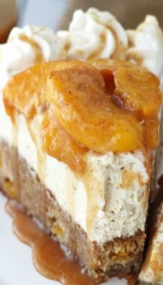 This Peach Caramel Blondie Cheesecake is the stuff dreams are made of. A peach and cinnamon filled blondie is topped with caramel no bake cheesecake, cinnamon peaches and caramel sauce. There is no better way to enjoy some peaches this summer! Best Cheesecake, Cheesecake Recipes, Dessert Recipes, Peach Cheesecake, Cheesecake Torta, Yummy Treats, Sweet Treats, Yummy Food, Caramel Recipes