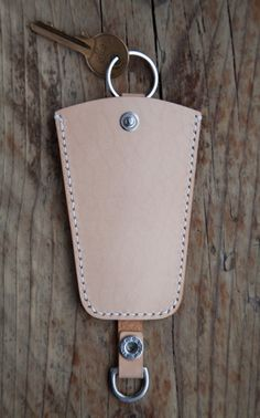 mes | hand crafted leather key holder *EXCLUSIVE*