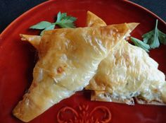 Tiropitakia *Savory Cheese Puffs* + Phyllo Dough Tutorial My fave! Appetizers For Kids, Cheese Appetizers, Appetizer Ideas, Appetizer Recipes, Phyllo Dough Recipes, Cheese Puffs, Pavlova, Greek Recipes, Primitive Kitchen