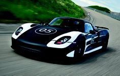 First pics of the first hybrid Porsche supercar (pre-production). The 918.