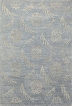Havana, blue – This collection combines traditional patterns with a modern day aesthetic to create perfect designs for a transitional style.  These classically refined and ethically crafted Tibetan rugs combine the unique style and unequaled craftsmanship that New Moon is best known for.