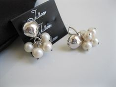The Puffy Heart Cluster Pearl Earring - Clip ons