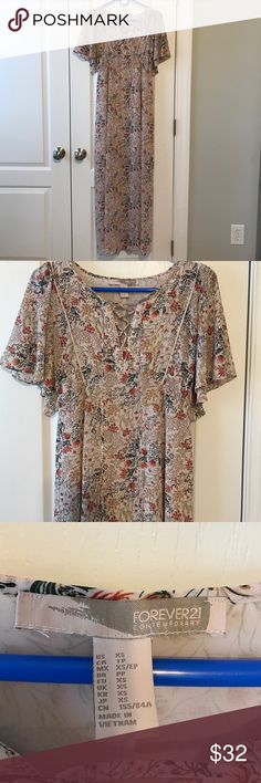 Gorgeous Garden Maxi • XS Only worn once! Absolutely gorgeous! XS - Flutter Sleeve Maxi Dress - Tie cinched back to make front of dress fitted :) Forever 21 Dresses