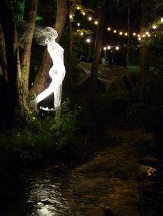 Wire Sculptures - hacer una asi en mi jardin que alumbren en la noche como hadas