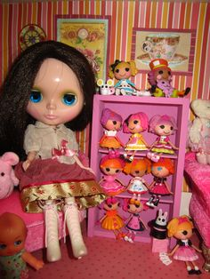 Coco. Milky Way Sugar takara blythe doll. lalaloopsy. dollhouse... love this for a blythe bedroom