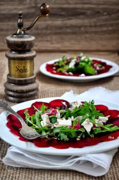 In my coffee kitchen: Carpaccio z buraka Appetizer Salads, Appetizers, Salad Recipes, Healthy Recipes, Party Snacks, My Coffee, Food And Drink, Veggies, Healthy Eating