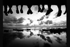 This amazing black and white feet landscape was taken by Yasin Hassan. Stay tuned for more black and white feet photos, cheers guys! Black White, Black And White Landscape, Black And White Portraits, Black And White Photography, Artistic Photography, Portrait Photography, Friendship Pictures, Digital Photography School, Evening Sky