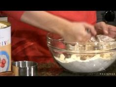 Thrive Food Storage: Kelsey Nixon Apple Crisp How to use your Thrive Foods!