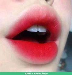 Esto es mas de romace que de trabajo:v #romance # Romance # amreading # books # wattpad Gradient Lips Korean, Korean Lips, Korean Eye Makeup, Goth Makeup, Makeup Art, Lip Makeup, Brown Lipstick Shades, Peach Lips, Lipstick Tutorial