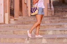 Blog-This-Kind-Of-Girl-Dans-les-ruelles-de-Bastia