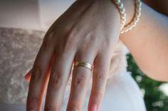 Foto: Oana Nechifor Gold Rings, Jewelry, Jewlery, Jewerly, Schmuck, Jewels, Jewelery, Fine Jewelry, Jewel