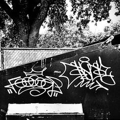 c-c-c-combo breaker! Images Graffiti, Best Graffiti, Street Art Graffiti, Graffiti Writing, Graffiti Tagging, Graffiti Lettering, Tagging Letters, Graffiti Flowers, Free To Use Images
