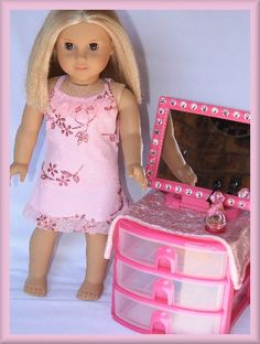 Dressing table, a few other cute doll crafts on this site