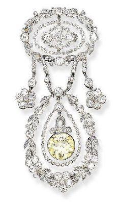 1910 Belle Epoque Fancy yellow & Clear Diamond Brooch - Cartier