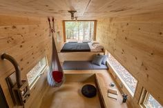 Minimalist 160-Square-Foot Tiny Home Is A Cozy Escape From Hectic City Life - DesignTAXI.com