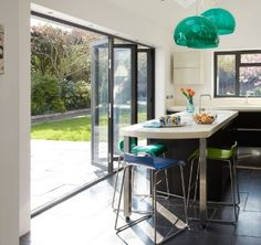 Een harmonicadeur geeft veel licht en lucht in huis. U krijgt de grootst mogelijke opening naar buiten om optimaal van buiten te genieten!