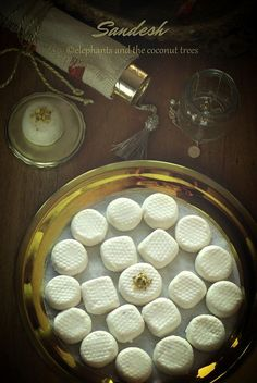 elephants and the coconut trees: Sandesh / Kacha golla / Traditional Bengali Sweet (Bengali Sweet Recipes) Easy Indian Recipes, Indian Dessert Recipes, Indian Sweets, Asian Recipes, Bangladeshi Food, Bengali Food, Sweet Desserts, Sweet Recipes, Sweets Photography