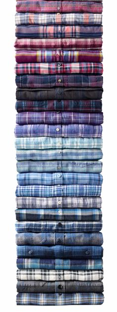 of flannel shirts.Stack of flannel shirts. Flannel Shirt Outfit, Flannel Outfits, Mens Flannel Shirt, Blazers For Men Casual, Casual Shirts, Mens Summer Tops, Clothing Store Displays, Cowgirl Outfits, Cowgirl Clothing
