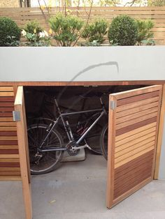 Urban Garden Design Harrington Porter Portfolio- Our London Garden Designs Harrington Porter – Landscape Gardeners Garden Bike Storage, Outdoor Bike Storage, Bicycle Storage, Shed Storage, Storage Bins, Garage Storage, Storage Ideas, Small Courtyard Gardens, Front Gardens