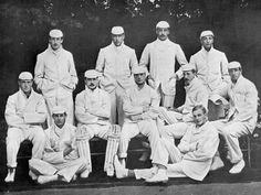 Photographic Print: Cambridge University Cricket XI, C1899 by Stearn : 24x18in