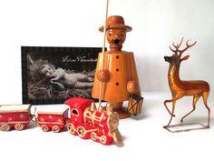 Erzgebirge vintage Christmas smoker -- an incense burner for the home