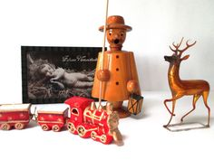 Erzgebirge vintage Christmas smoker -- an incense burner for the home