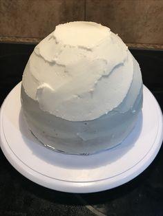 Rough icing cake to make dress for bridal shower cake
