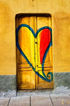 Heart Door at Navigli Grande, Milano. Pinned by #ChiRenovation - www.chirenovation.com