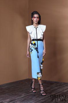 Basil Soda Spring-summer 2017 - Ready-to-Wear Arab Fashion, Love Fashion, Autumn Fashion, Fashion Looks, Womens Fashion, Fashion Design, Basil Soda, Style Feminin, Royal Clothing