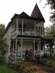 A Brush With Spiritualism │A Visit to Lily Dale, NY │ Chautauqua-Allegany Region
