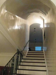 Venetian stucco Burnished to high gloss
