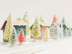 How to color bottle brush trees - create a mini village! @BFranklinCrafts Bonney Lake #christmas #craft #DIY