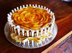 Drip Cake Recipes, Tart Recipes, Dessert Recipes, Cake Decorated With Fruit, Charlotte Cake, Fruit Birthday Cake, Flan Cake, Fresh Fruit Cake, Pastry Cake