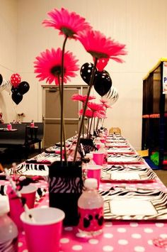 Divalicious Minnie Mouse Party...Madison's 1st Birthday ideas!