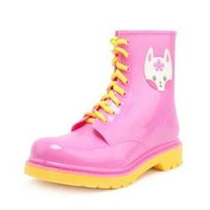 A kawaii collection of the cutest and most kawaii shoes including high heels, sneakers, hi tops, and tons of candy colored boots and adorable aesthetic fashion footwear! Sneakers For Sale, Sandals For Sale, Boots For Sale, Platform Boots, Platform Sneakers, Kawaii Shoes, Kawaii Clothes, Girls Flats, Cute Boots